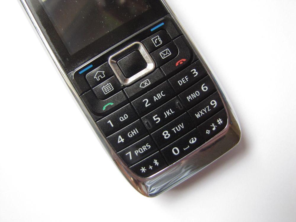 Nieodebranie telefonu z naprawy = porzucenie?
